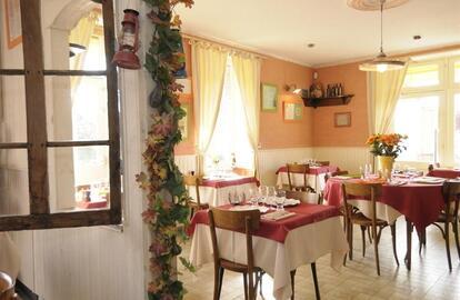 La Table Du Marais La Fresnais Bistrot Brasserie 35 Saint