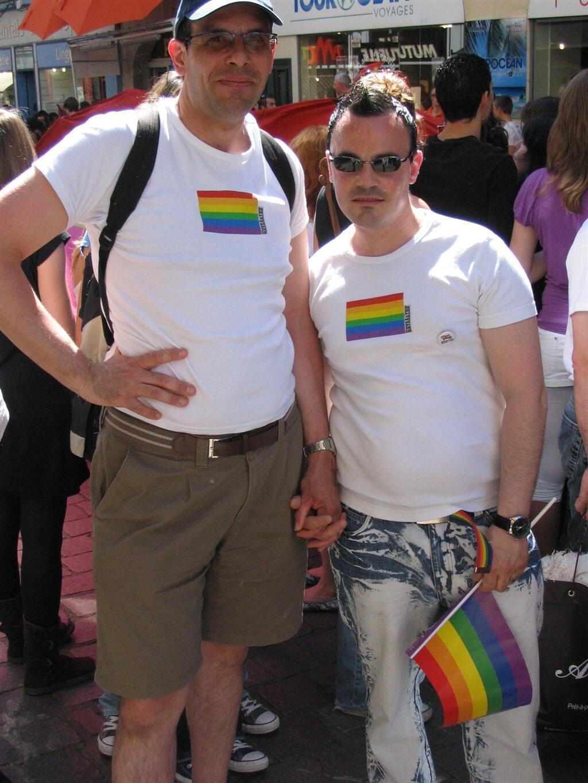 gay rencontre nantes à Gagny