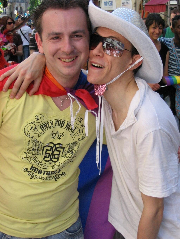 nantes rencontre gay à Échirolles