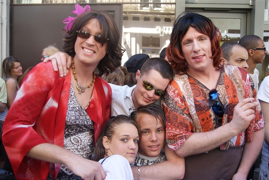 Bevorzugt La gay pride à Nantes - Diaporama nantes - Nantes.maville.com NV25