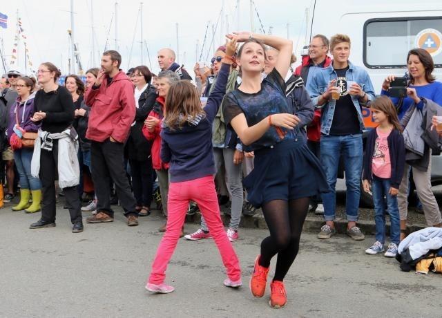 Chant De Marin A Paimpol Ambiance Festive Sur Le Port Diaporama