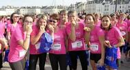 photo diaporama sport la vannetaise: vague rose de 6000 participantes contre le cancer