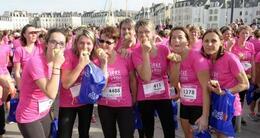 photo diaporama sport la vannetaise: vague rose de 6000 participantes contre le cancer