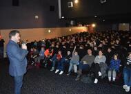 guingamp. clovis cornillac est venu à la rencontre de ses fans [photos]