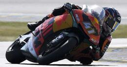 photo diaporama sport moto. premiers essais et bain de foule : la journée en images