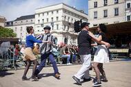 le mans. quand l?europajazz en balade fait vibrer et danser le centre-ville [photos]