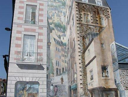 A Fougeres La Peinture Est Amoureuse Des Murs Fougeres Maville Com