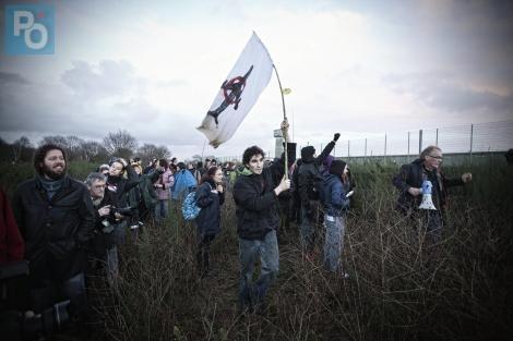 Les opposants manifestaient en solidarité avec deux de leurs camarades incarcérés après des heurts sur le site du projet d'aéroport. Photo Presse Océan - Bertrand Béchard