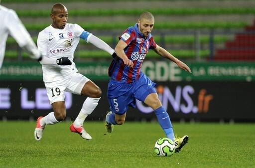 Laurent Agouazi revient comme titulaire et capitaine à Malherbe en l'absence de Jérémy Sorbon (suspendu).