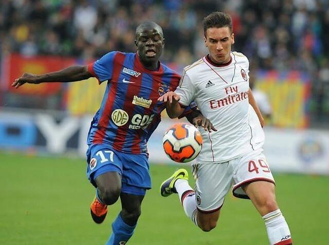 Ngolo Kanté, nouveau milieu relayeur du SM Caen, a « du feu dans les jambes. » Le Franco-Malien de 22 ans est la grande satisfaction du début de saison malherbiste et aura son rôle à jouer demain face aux Nancéiens.