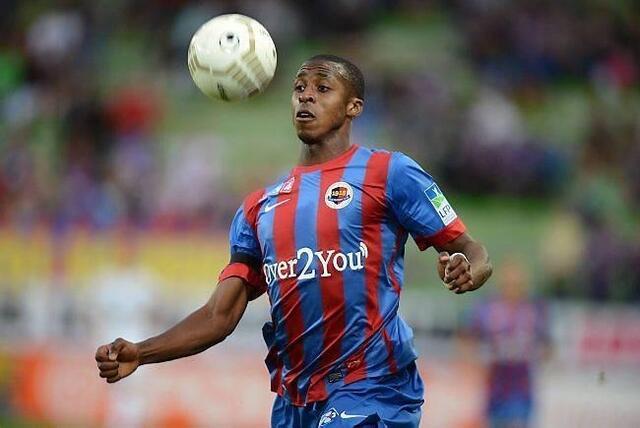 Jonathan Kodjia va renouer avec le ballon rond en compétition.
