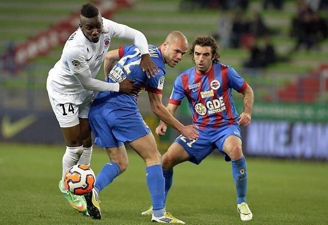 Devant la polémique suscitée par son geste, Christopher Maboulou a exprimé ses regrets. Pas sûr que ça suffise aux Caennais...