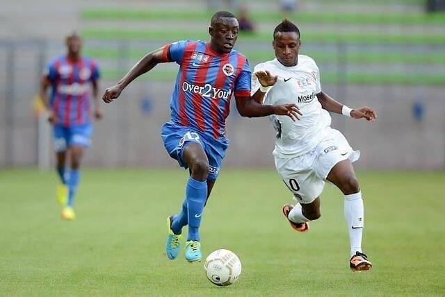 Petit à petit, le défenseur Dennis Appiah prend de l'importance au sein du SM Caen. Demain, à Istres, il devrait encore apporter sa pièce à l'édifice