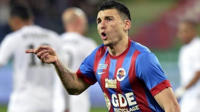 Mathieu Duhamel semble montrer le chemin à suivre pour rejoindre la Ligue 2