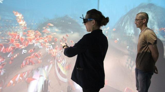 photo sans se mouiller, axelle lemaire a plongé dans l'océan au centre européen de réalité virtuelle (cerv) de brest. © ouest-france