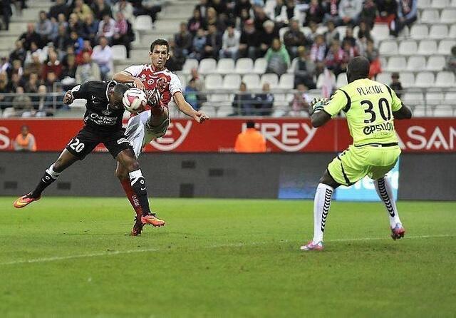 [3e journée de L1] Stade Reims 0-2 SM Caen - Page 2 P1D2606384G_px_640_