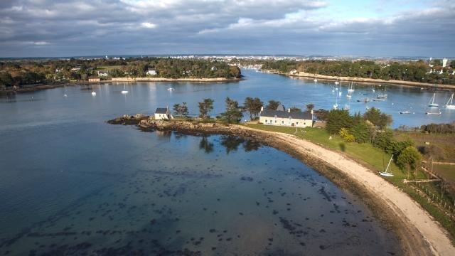 Golfe du Morbihan : L\'île Boëdic d\'Olivier Metzner en passe d\'être ...