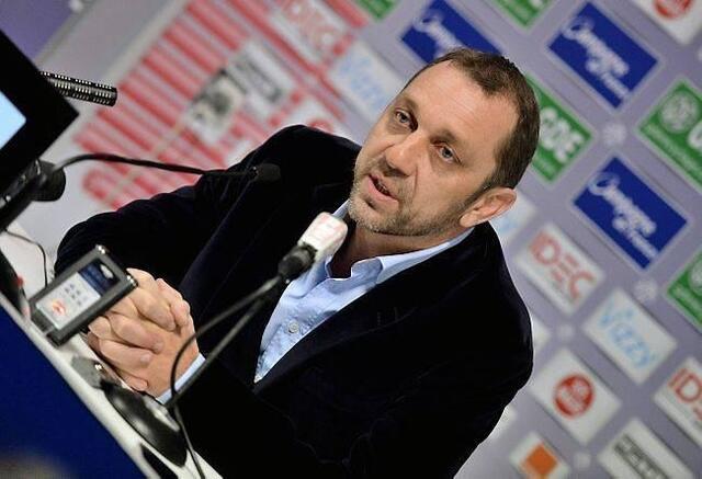 Depuis la semaine dernière, Xavier Gravelaine se démultiplie devant les médias pour défendre son club et son président. Monter au front, l'homme de Caen - Saragosse sait faire.