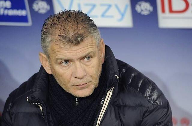 L'entraîneur caennais Patrice Garande cherche des solutions pour endiguer une spirale de résultats qui a propulsé le Stade Malherbe à la dernière place du championnat de Ligue 1. En vain, pour l'instant.<br />
