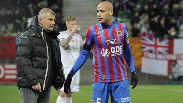 Passé par Guingamp, Saint-Etienne, Sedan, Nice ou Lens, Alaeddine Yahia en a vu d'autres, du haut de ses 33 ans. Le défenseur central espère que Malherbe a trouvé le déclic contre Reims.