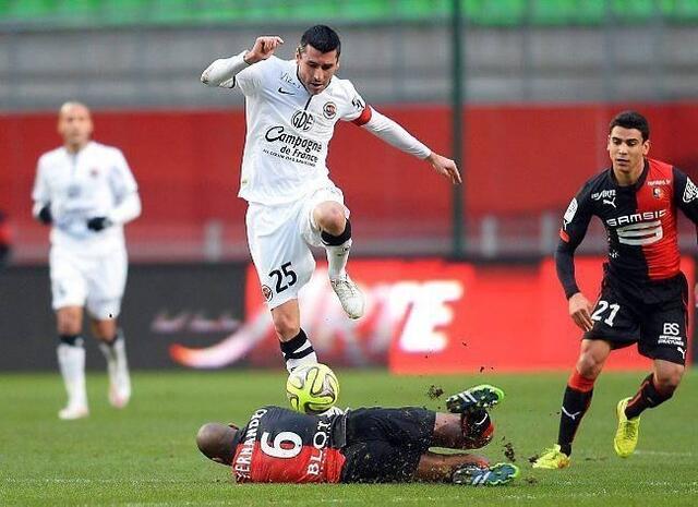 Julien Féret a tout renversé sur son passage hier après-midi. À l'image de Gelson Fernandes, à terre, les Rennais n'ont pas été en mesure de rivaliser.<br />