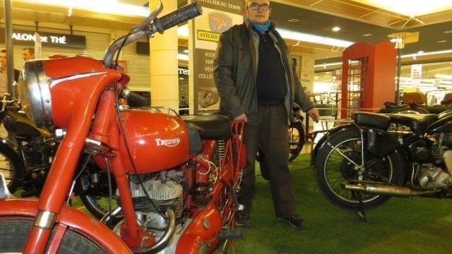 exposition : de belles motos et voitures anglaises étincelantes