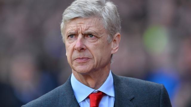 bonne vente convient aux hommes/femmes sur les images de pieds de Ligue des champions : Wenger, Monaco et Arsenal, c'est 25 ...
