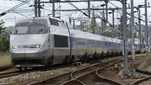 Nantes Quimper ligne sncf quimper - paris : le tgv quimper-paris détourné vers