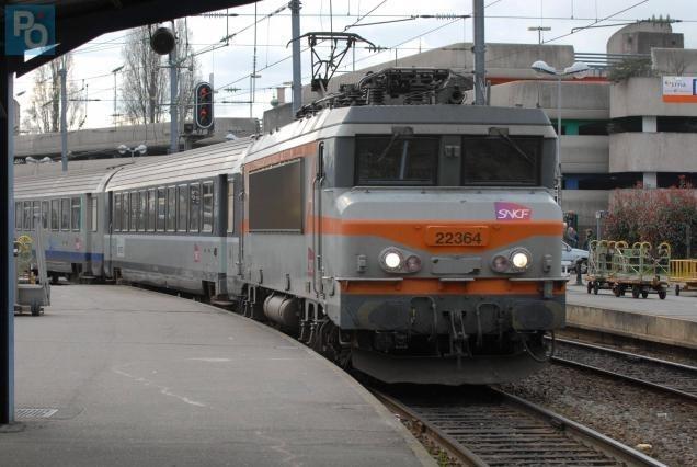 Nantes Quimper nantes. la ligne ferroviaire intercités nantes-quimper menacée