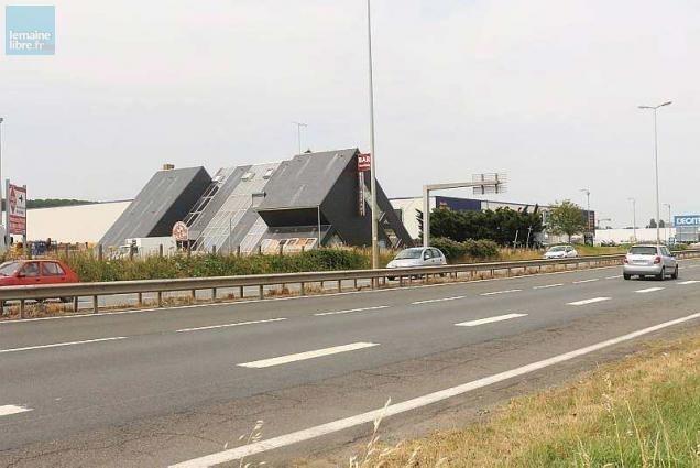 Saint En La Vont Gifi Zone S'installer AubinIntersport Chapelle Et 8nPk0wOX