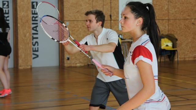 photo manon legros, 15 ans, un des grands espoirs du badminton en france. © ouest-france