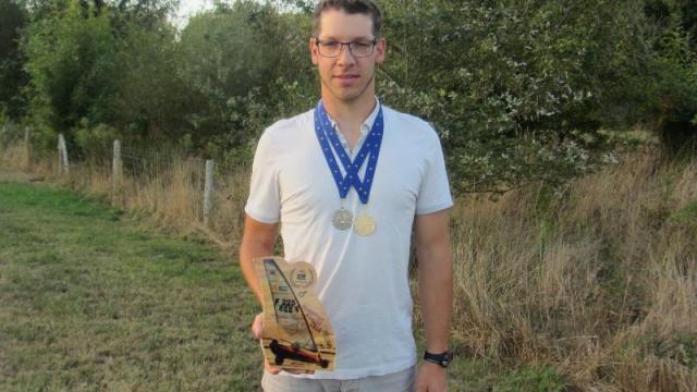 Apremont Yann Le Vaillant Champion De Char A Voile La Roche Sur Yon Maville Com