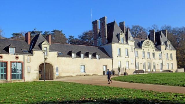 Les châteaux dans Histoire et mémoires. Info - Nantes.maville.com