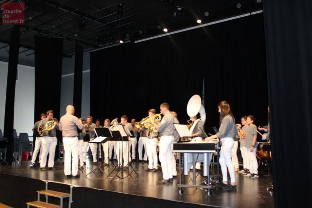 Baugé-en-Anjou. Convivialité à la rencontre régionale des ensembles de musique
