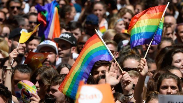 lieu rencontre gay nantes à Vierzon