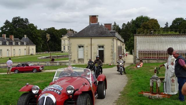 bignan. près de 3 000 amateurs d'autos à la saint-christophe. info