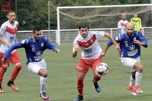 Coloriage Foot Sco Angers.Football Dh Beaucouze Et Orvault Se Neutralisent 2 2 Sport