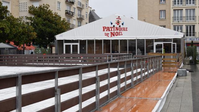 patinoire noel caen 2018 Caen. La patinoire de Noël installée place du Théâtre   Caen  patinoire noel caen 2018