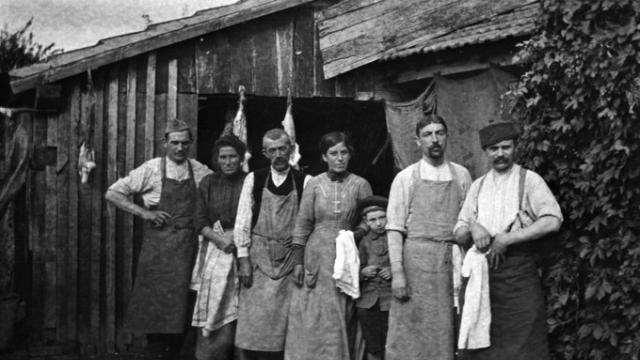photo de rares photos de 14-18 données aux archives briochines © (photo : archives municipales de saint-brieuc fonds bogrand)