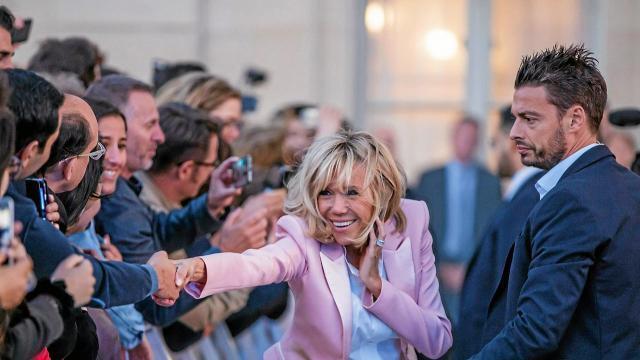 La De MacronUne Brigitte Président Femme 34Ajq5LR