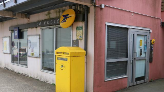 La mézière la fermeture du bureau de poste ne passe pas rennes