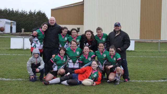 photo les féminines forment une solide ossature pour le club de rugby de la  bretagne romantique d3dae2e3fcb1