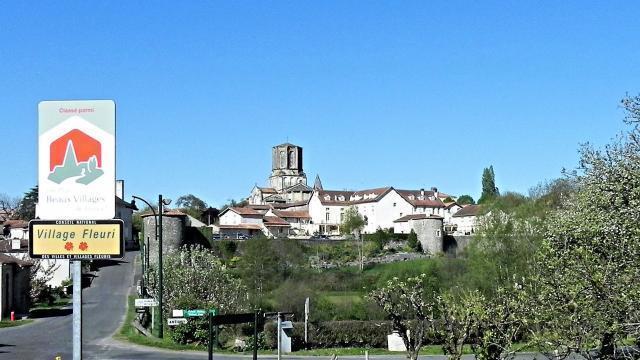 Pays de fontenay le comte tourisme un premier bilan - Office de tourisme de fontenay le comte ...