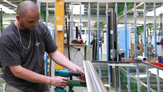 cholet. des postes libres dans la menuiserie industrielle - angers