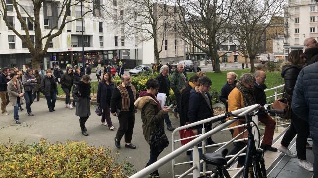Brest Le Centre Des Impots Evacue Pour Alerte Toulon Maville Com