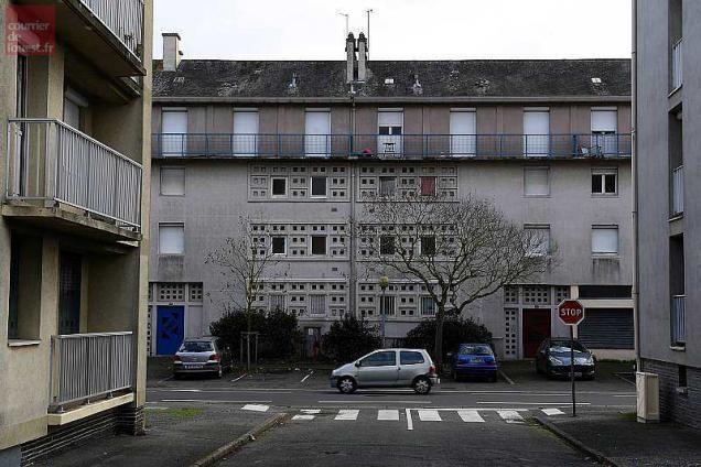 Angers Belle Beille La Reconquete Grand Format Angers