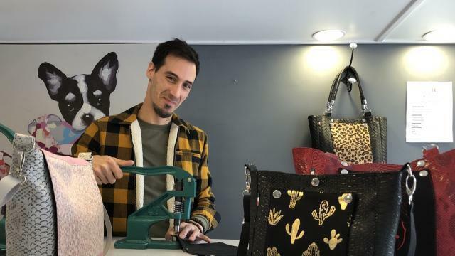 cb168839e9 photo yoan buchillot est artisan à saint-brieuc. dans son atelier-boutique,