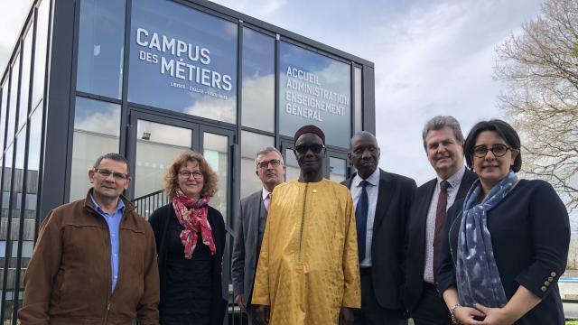 Quimper Pour L Emploi Au Senegal La Chambre De Metiers Se Mobilise Quimper Maville Com
