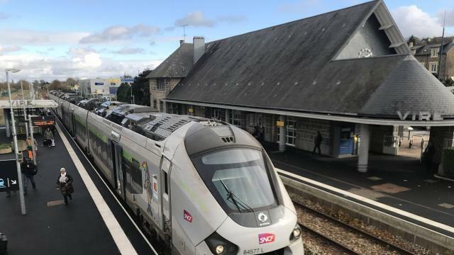 photo le premier train de la ligne paris granville pourrait arriver dans la capitale à 9h43 au lieu de 9h16. © archives ouest-france