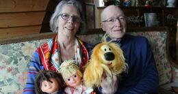 Info insolite pour le fabricant de jouets clodrey, régine et marcel albert ont fabriqué des milliers de peluches pollux, mais aussi le pyjama de nicolas, la blouse de pimprenelle.